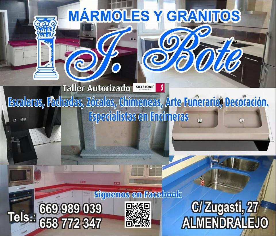 Arte funerarío en Almendralejo Marmoles J.Bote