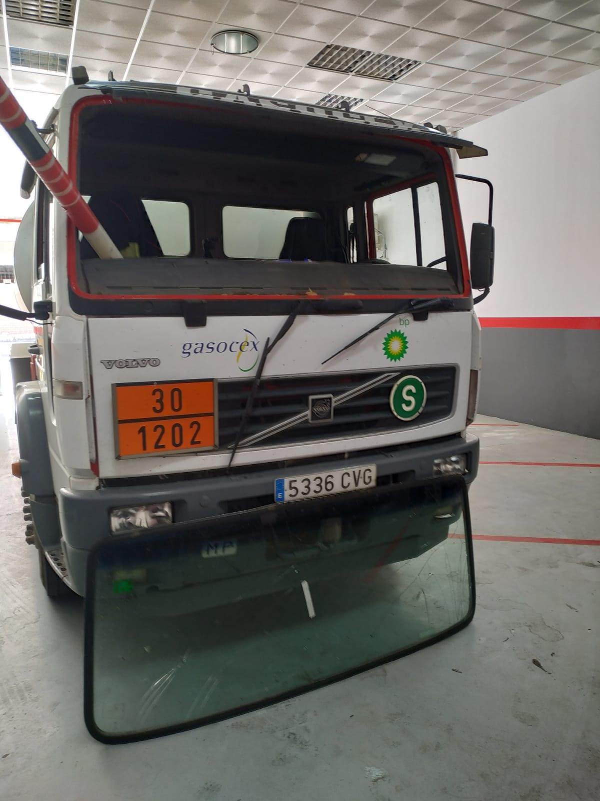 Cambio de Lunas vehículos industriales en Almendralejo AlglassLunas