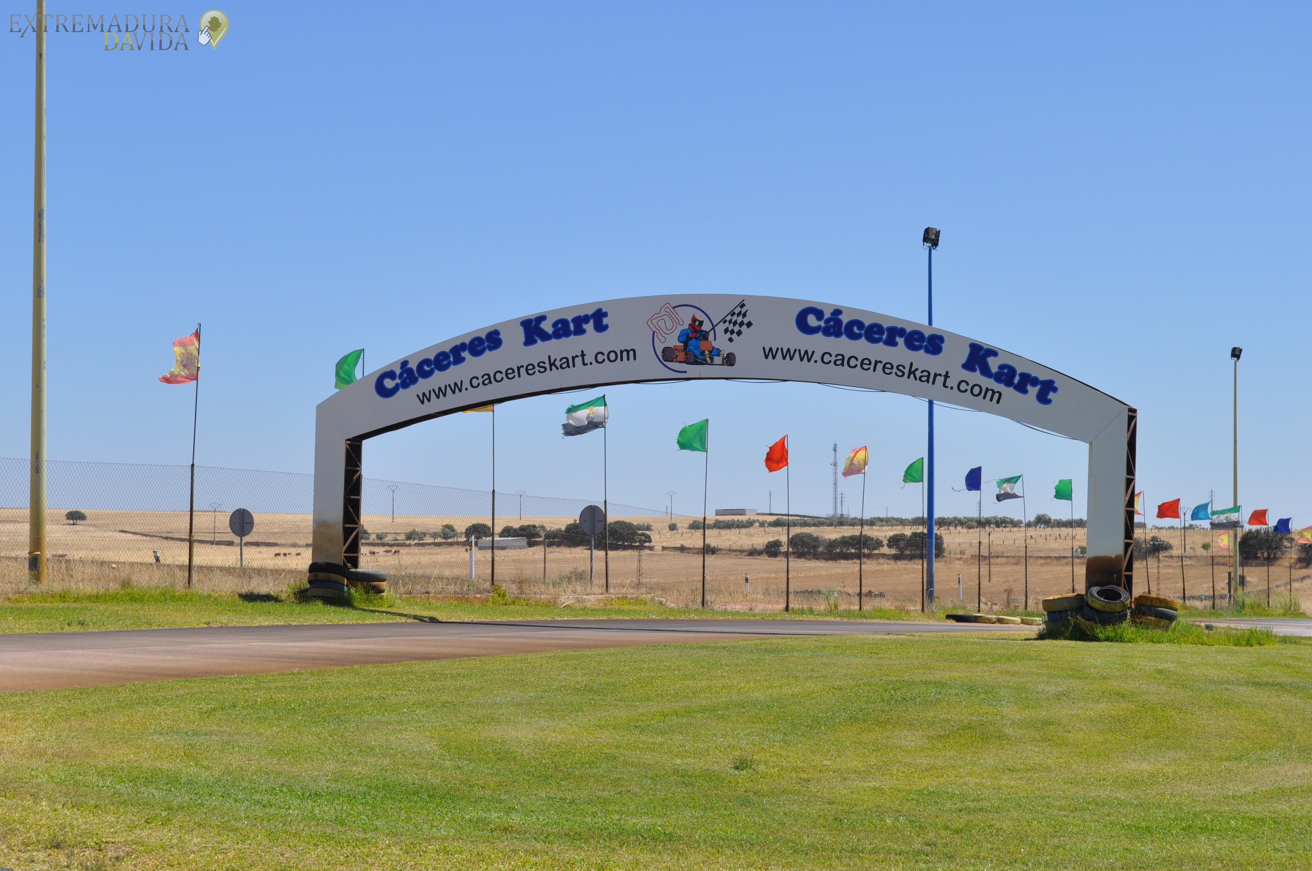 CENTRO DE OCIO EN CACERES CACERES KART