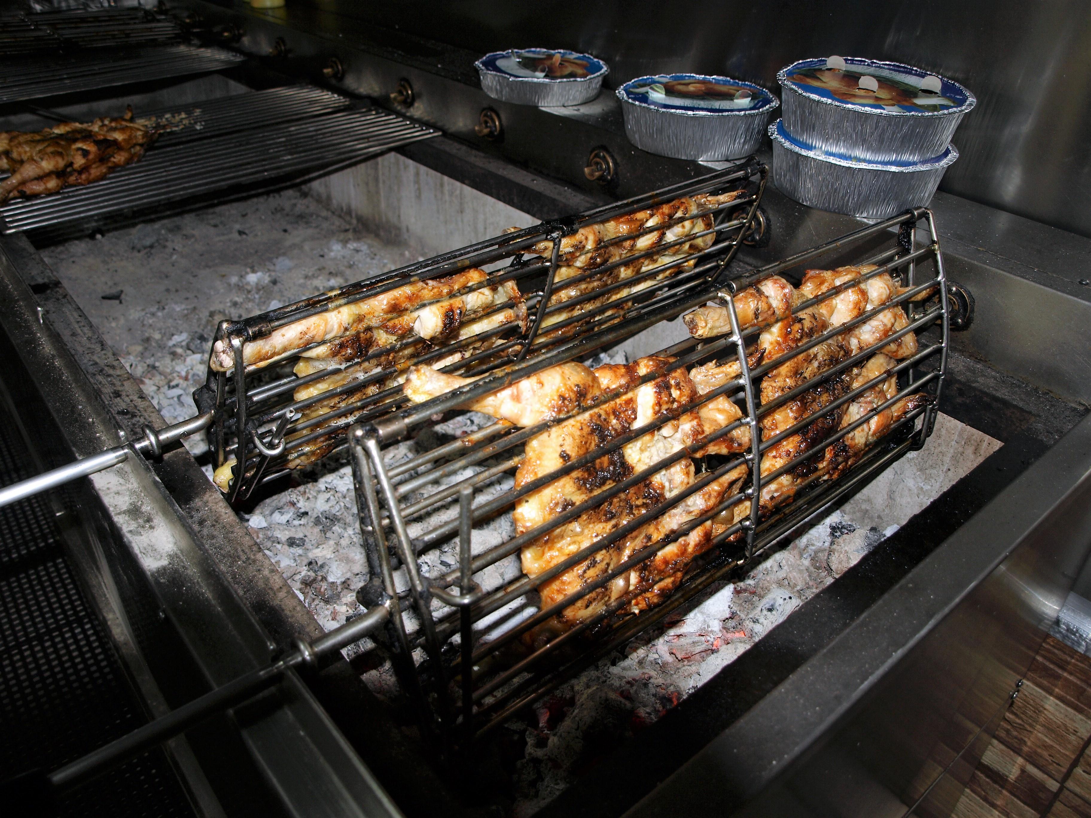 España - Asador de Pollos portugueses Amantes de la comida Portuguesa en Mérida