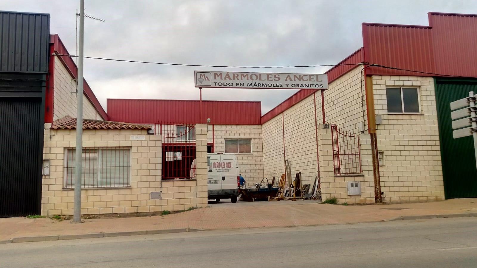 España Mármoles y Granitos en Almendralejo Ángel Cocinas