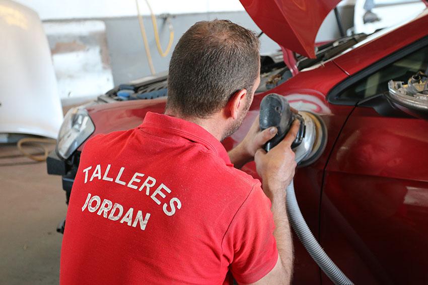 Taller Chapa y Pintura en Cáceres Jordan