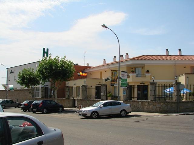 Hotel Restaurante Villanueva de la Serena Al Jardín-Unicornio