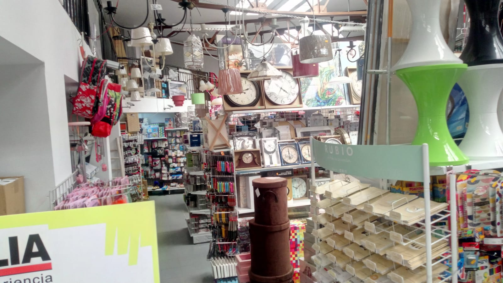 Almacen Bazar y electrónica en Mérida Badajoz SHOP CENTER