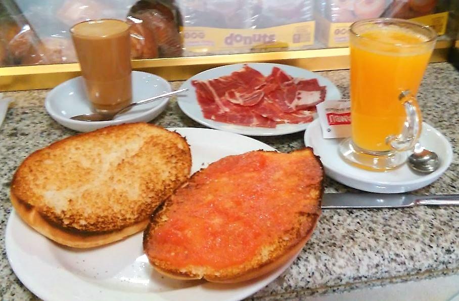 CAFETERIA RESTAURANTE 24H LA PONDEROSA