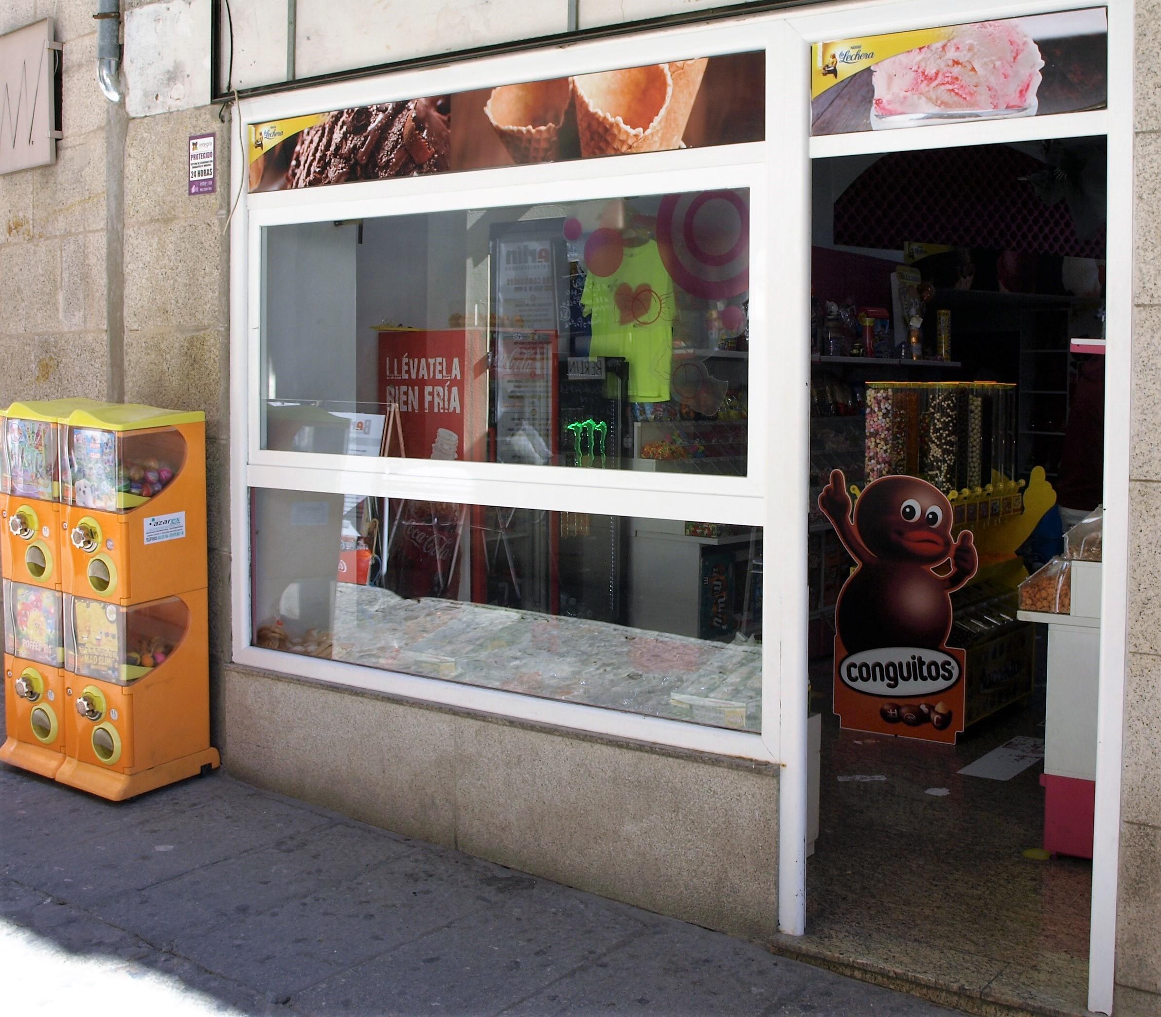 España - Tienda de golosinas en Trujillo Happy Candy's