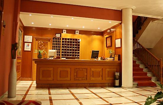 HOTEL RESTAURANTE ALMENDRALEJO ACOSTA VETONIA