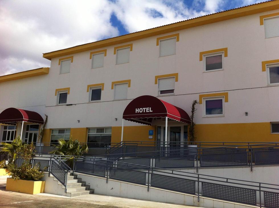HOTEL VILLAFRANCA DE LOS BARROS ACOSTA CIUDAD DE LA MÚSICA
