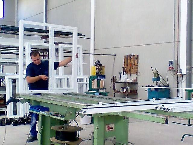 HIERROS ALUMINIOS PVC EL HERRERO CACERES