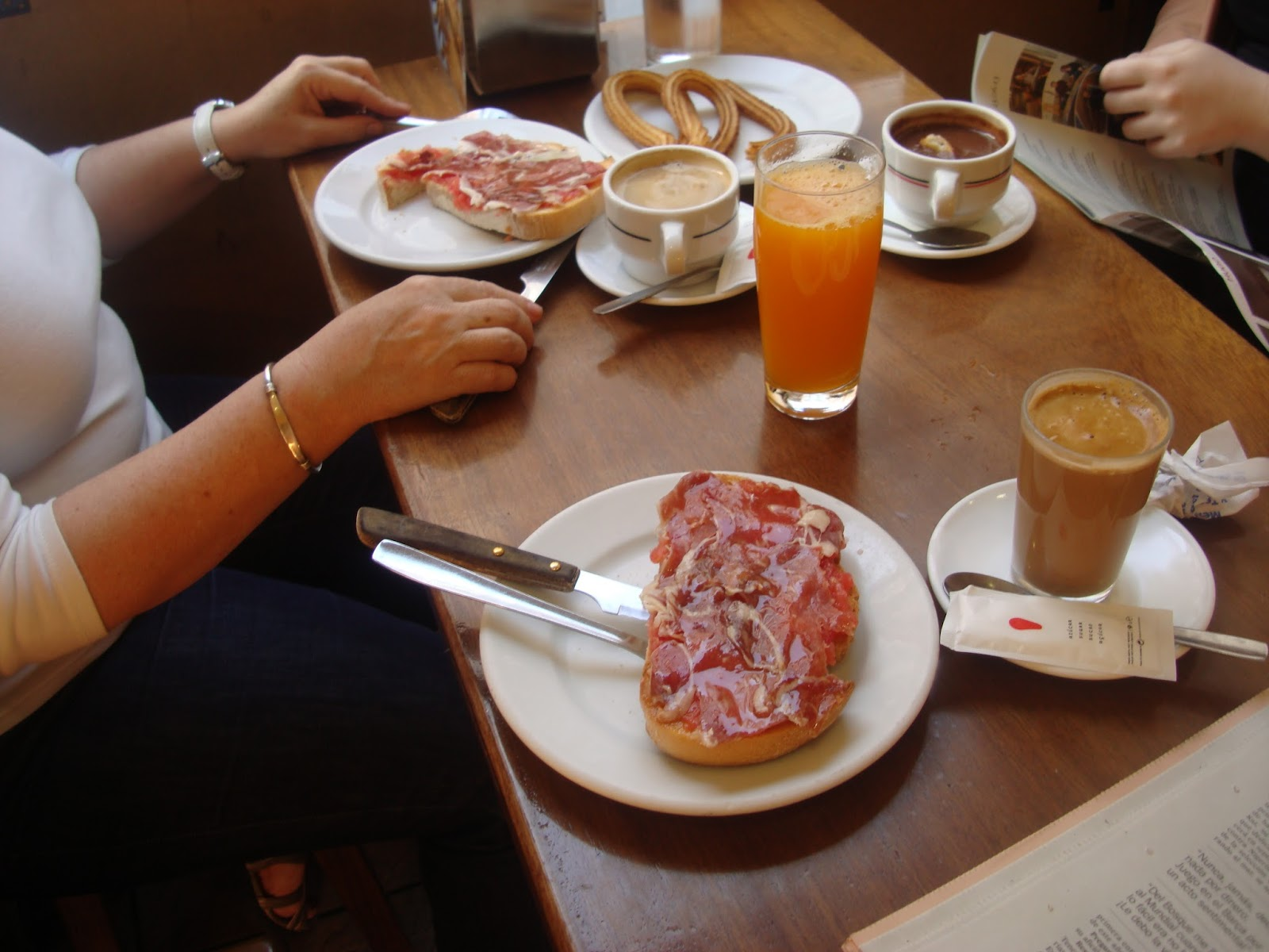 España Desayunos, raciones y tapas Fulgen tradición