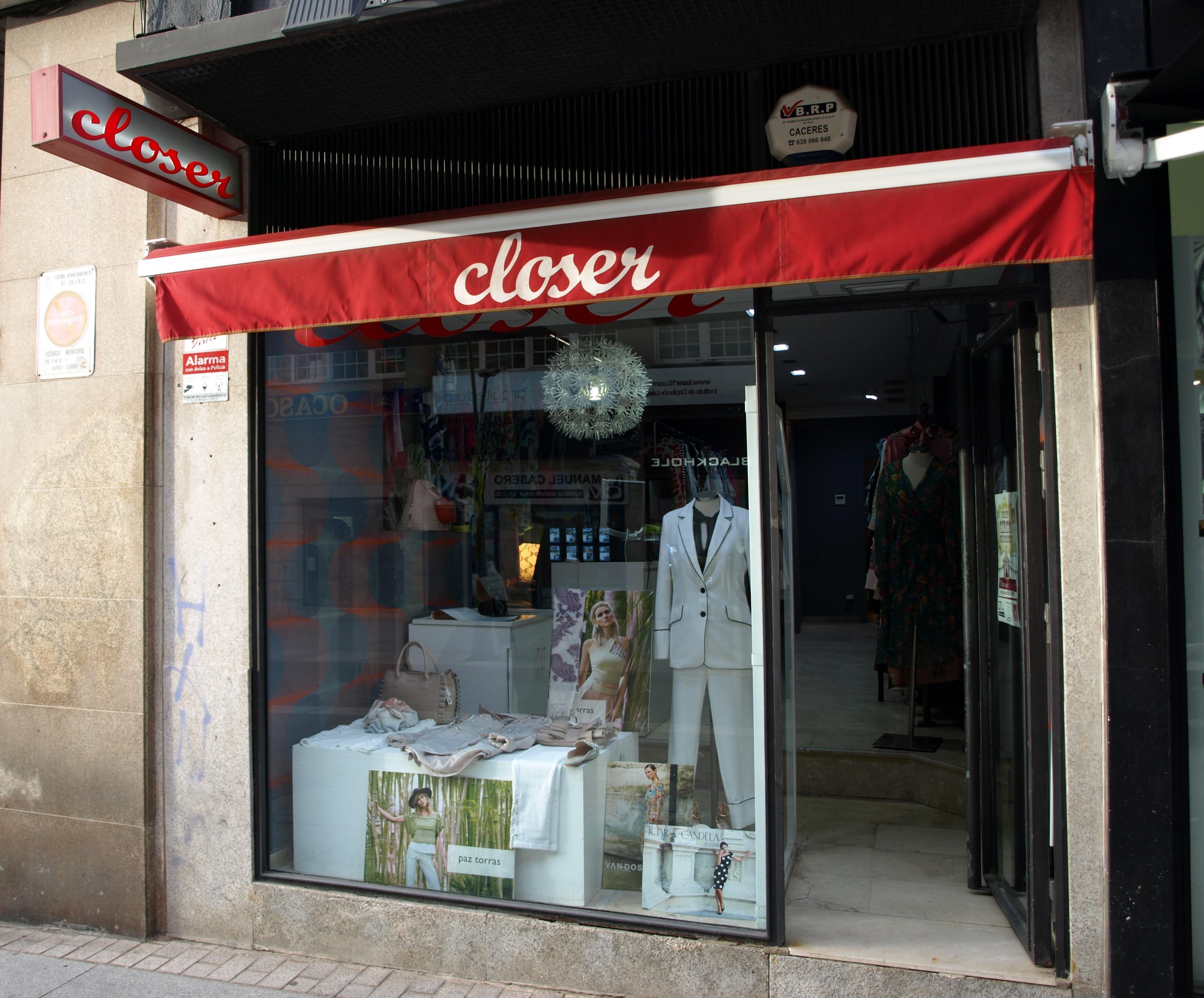 ESPAÑA MODA MUJER ACTUAL CACERES CLOSER moda casual