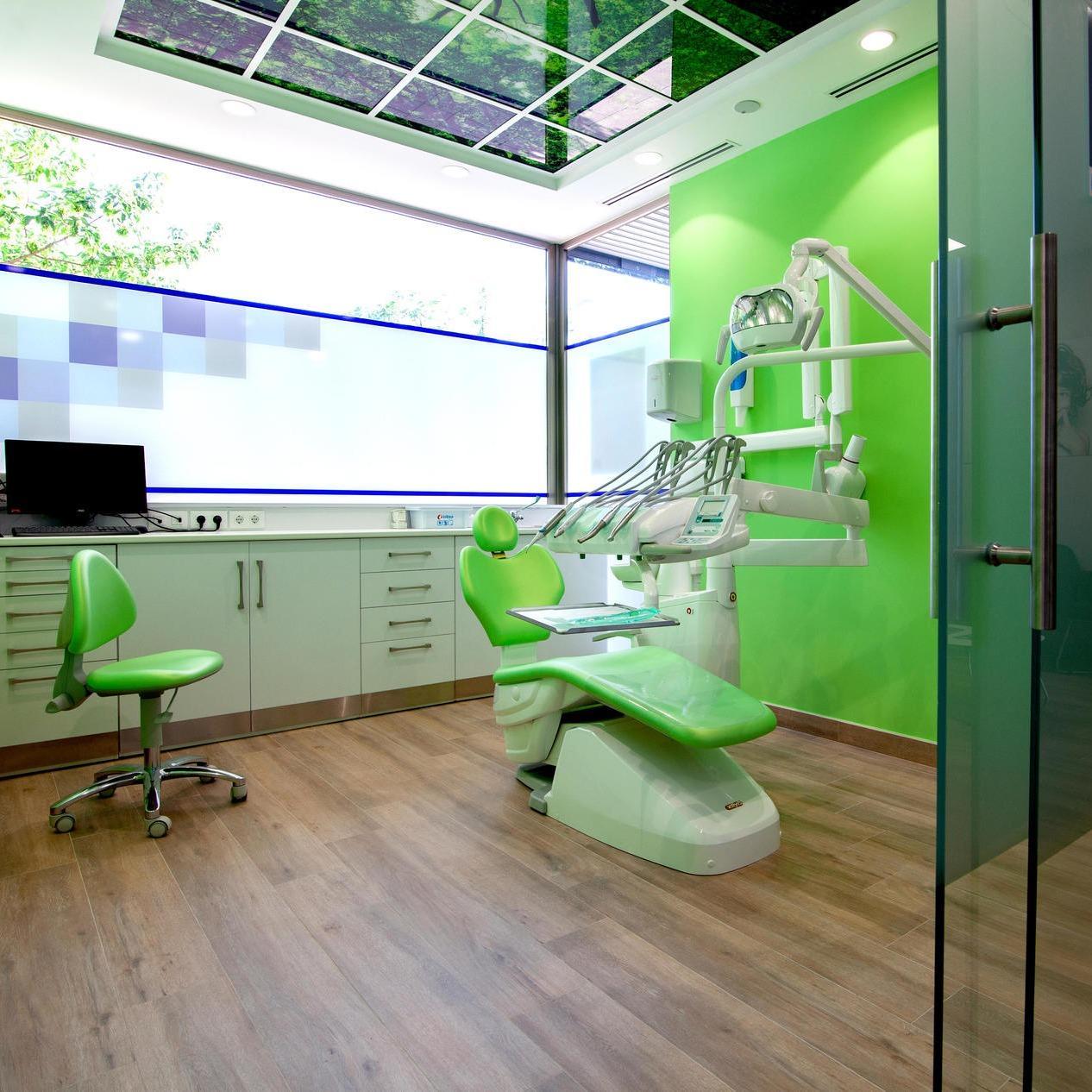 España Clínica dental en Navalmoral de la Mata Dr Jesús Genovés
