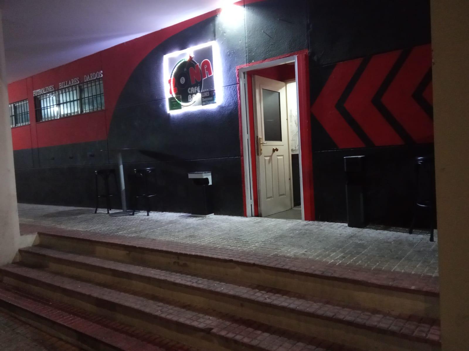 Cáceres Bar de billares y futbolines Zona