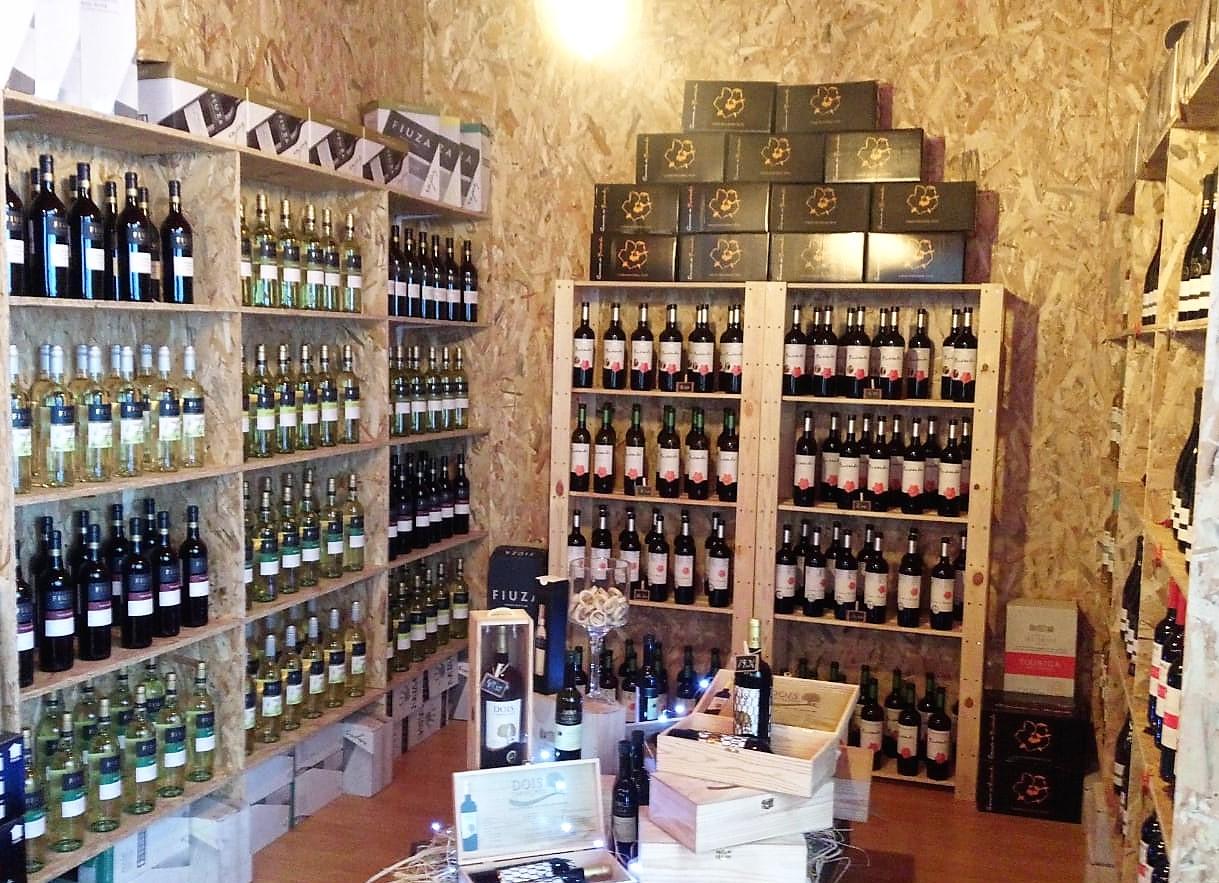 España Vinoteca pruductos gourmet Navalmoral de la Mata Francisney Uribe