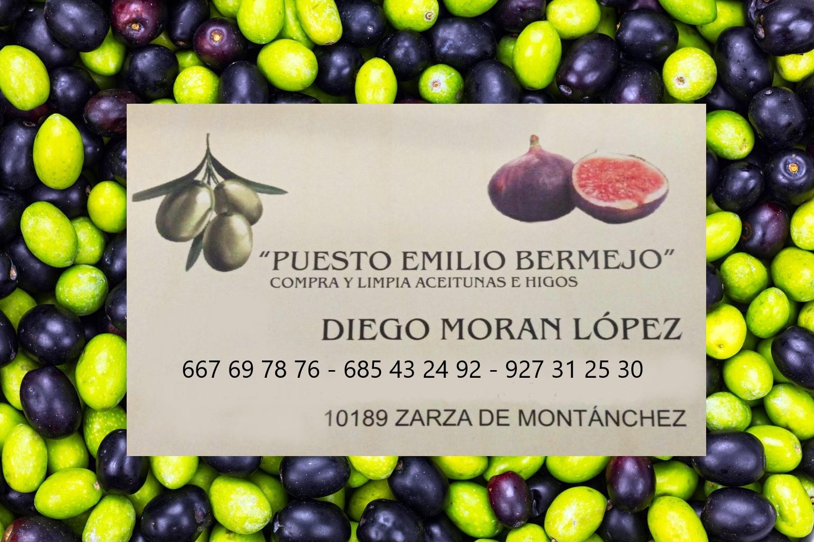 Compra de Higos aceitunas Cáceres Puesto Emilio Bermejo Zarza de Montanchez