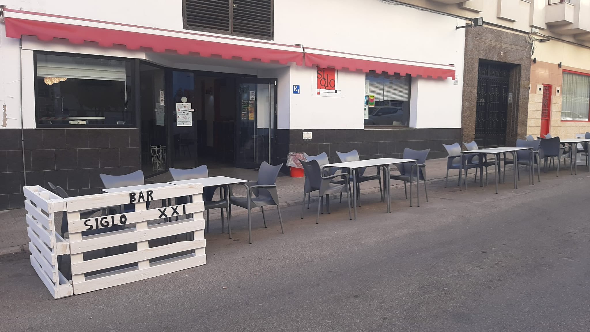 Donde comer en Navalmoral de la Mata Restaurante Cafetería Nuevo Siglo XXIDonde comer en Navalmoral de la Mata Restaurante Cafetería Nuevo Siglo XXI